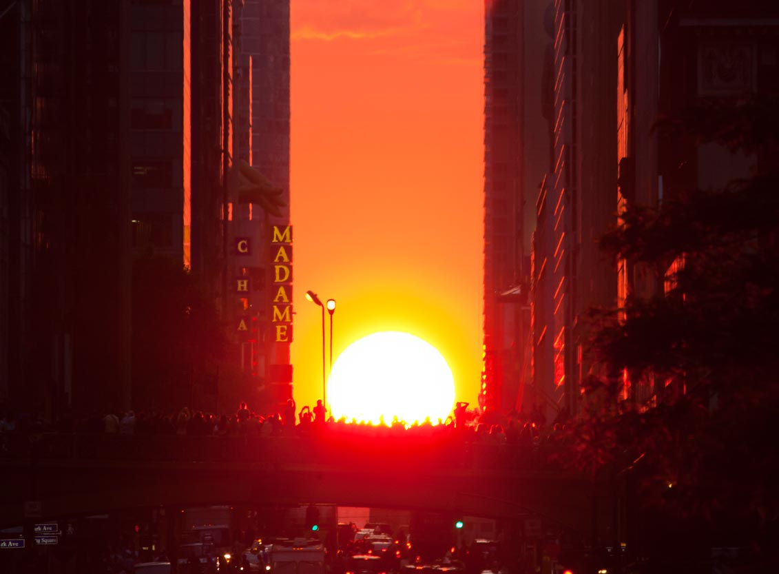 Manhattanhenge Is Tonight! Get Your Camera Ready for The Most Beautiful Sunset in NYC