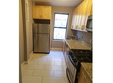 NYC Washington Heights 1071 ST NICHOLAS AVE 043