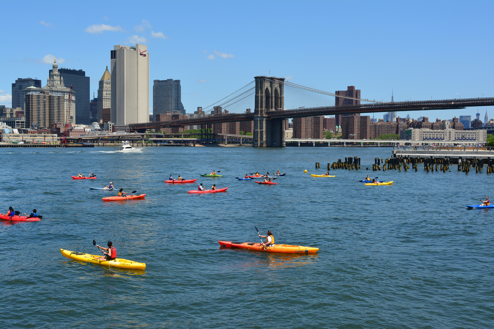 Free Kayaking Sessions in Brooklyn Bridge Park