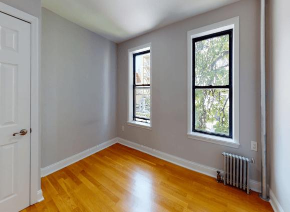 NYC  151-153 Ridge Street 02B